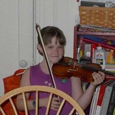 Kaylee 1998 violin Suzuki Violin Studio NH msuic lessons nh
